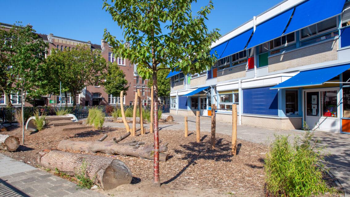 Er zijn weer subsidies voor groenblauwe schoolpleinen